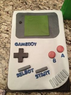 EPIC GAMEBOY CAKE!
