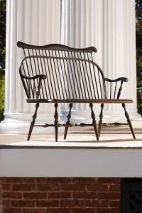 Amish Colonial Windsor Bench