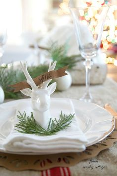 Reindeer place cards for your Christmas table setting