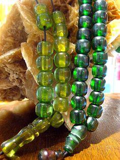 Komboloi, House of Amber, Chania - Transparent Faturan and Mastic Resins Rosary Beads, Prayer Beads, Islamic Prayer, Body Adornment, Amber Glass, Bead Art, Jewlery, Handmade Jewelry, Beaded Bracelets