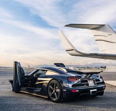 The Koenigsegg CCX and Trivata are one of the fastest supercars in the world. With as much power as a Bugatti Veyron and at half the weight. Koenigsegg, Maserati, Lamborghini, Ferrari 458, Exotic Sports Cars, Exotic Cars, Supercars, Sport Cars, Bmw Sport