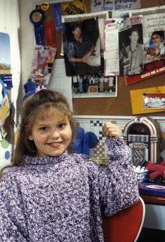 Full House ~ Episode Stills ~ Season Episode Joey's Place Dj Full House, Full House Season 1, Full House Cast, Full House Episodes, Candice Cameron Bure, Stephanie Tanner, Dj Tanner, Uncle Jesse, Fuller House