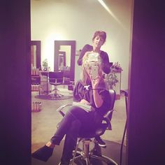 Finally got in with this super busy lady @christinecresthair ! She is the best. #gettingmyhairdone