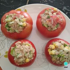 No hace falta que te dejes los sesos pensando en un plato diferente para preparar porque con estos tomates rellenos ¡tendrás uno muy ORIGINAL y RICO!