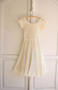 reserved . lace crochet dress antique white / gold от bohemiennes