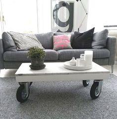 Lottagabriella table