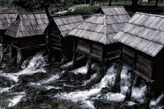 The most #photographed site in #Jajce are waterfalls and #watermills. This 17 tiny #wooden watermills are located at the #beautiful #Pliva #Lakes around 5km from city center of Jajce.