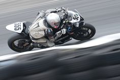 Number 555 Yamaha R6 ridden by Brice Lloyd by albionphoto