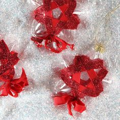 Twinkle, Twinkle, Glitter Star Glass Ornaments   Learn how to make Christmas ornaments that will steal the show this year!