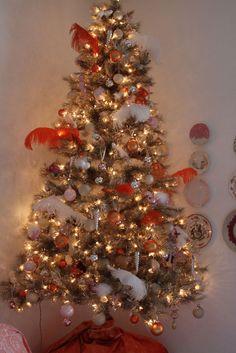 Seashore Days: Christmas in the Bedroom