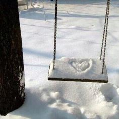A swinging winter love story I Love Snow, I Love Winter, Winter Fun, Winter White, Winter Wonderland, Winter Schnee, Image Nature, Foto Casual, Winter Magic