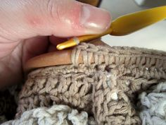 How to crochet on handles!- On the link, click on crochet and scroll down through lots of great stuff to get to the tutorial.