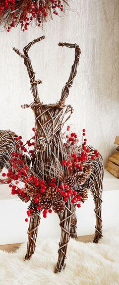 Winter Fantasy Vine Deer