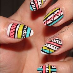 I want this but less messy looking lol! And short square nails... I can't get down with the round