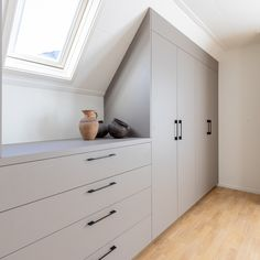 Loft Room, Bedroom Loft, Loft Conversion Wardrobes, Attic Conversion Bedroom, Attic Wardrobe, Closet Layout, Attic Bedrooms, Attic Storage, Closet Space