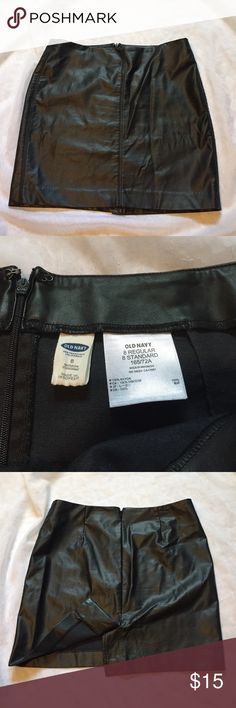 """Old Navy faux leather mini, size 8 This black Old Navy skirt is faux leather in a size 8. Waist 33"""", length 16.25"""". ❤️Please use measurements to ensure a proper fit, and ask all questions prior to purchase! I want happy customers 😊. Old Navy Skirts Mini"""