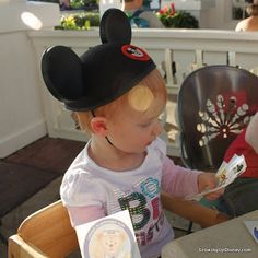 Growing Up Disney: High and Mighty (Small): Highchairs & Booster Seats....a really handy Q & A about highchairs at Walt Disney World