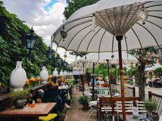"""Im Zuge unseres """"Best Of"""" der Wiener Bezirke waren wir diesmal im 3. Bezirk unterwegs und präsentieren 10 Dinge, die man dort erleben muss. Restaurant Bar, Vienna, Ferris Wheel, Austria, Dubai, Fair Grounds, Explore, Vacation, World"""