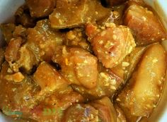 This Salted Egg Braised Pork recipe adds a twist to the usual Pork Ribs with Salted Egg sauce. Egg Recipes, Pork Recipes, Salted Egg, Braised Pork, Gluten Free Rice, Oyster Sauce, Curry Powder, Pork Ribs, Chicken Wings