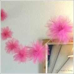 My Hearts Song: Tulle Pom Poms Tutorial