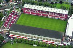 Swindon Town F.C. - Country Ground - 14.700 tilskurer
