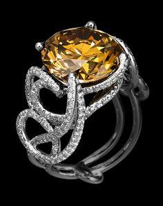 Interview with Louis Vuitton Jewelry Designer Lorenz Bäumer Gems Jewelry, High Jewelry, Jewelry Box, Jewelry Watches, Jewellery, Tiffany Jewelry Outlet, Louis Vuitton Jewelry, Expensive Jewelry, Love Ring