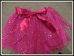 I am going to attempt to make 3 of these for my 3 girls going to the JB concert. But when im finished they will be black, pink and purple. :-)