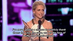 Sarah Michelle Gellar thanked fans of Buffy. | 23 Things You Missed At The People's Choice Awards