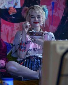 Harley Quinn Tattoo, Tatuaje Harley Quinn, Joker Y Harley Quinn, Harley Quinn Drawing, Harley Quinn Cosplay, Arlequina Margot Robbie, Margot Robbie Harley Quinn, Arley Queen, Harey Quinn