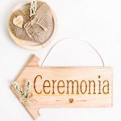 Flecha señalizacion ceremonia boda: izquierda