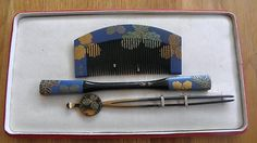 Rare and Unusual Japan Antique Lacquer and Shell Inlay Comb Set + Kanzashi