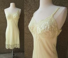 60s Yellow Sears Full Slip Bombshell Pin-Up Lingerie Lace Trimed Hem Bodice Sz S #Sears