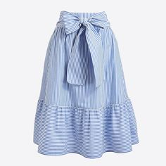 Spring Look Picture Description J. Modest Outfits, Skirt Outfits, Modest Fashion, Dress Skirt, Midi Skirt, Fashion Dresses, Cute Outfits, Trendy Outfits, Fashion Tips For Women