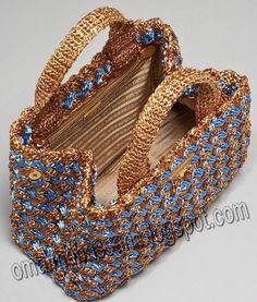 crochet kingdom (E.H): beautiful crochet raffia bag ! crochet kingdom (E.H): beautiful crochet raffia bag ! Always wanted to learn to knit, however unsure how to start? Crochet Handbags, Crochet Purses, Crochet Bags, Crochet Stitches, Knit Crochet, Boho Bags, Craft Bags, Knitted Bags, Crochet Accessories