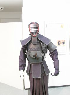 Kendo, Samurai, Batman, Training, Superhero, Fictional Characters, Ideas, Fantasy Characters, Thoughts