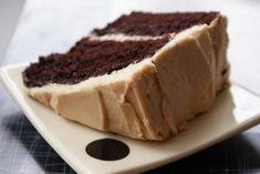 Receita de Bolo de chocolate recheado simples