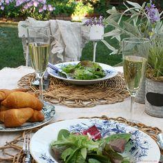 Cena. Dinner      #vino #wine #winelover #winery #bodega #instagram #rrss #TiendasOnline #Gourmet #bottleandcan #Granada #Andalucia #Andalusia #España #Spain www.tienda.bottleandcan.com   +34 958 08 20 69  +34 656 66 22 70