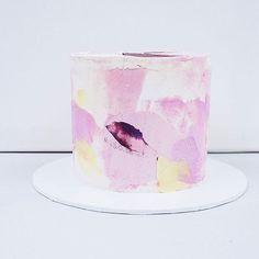 Pretty white canvas Coloursplashed.  #madebykada #colorsplash #pastel #babyshower #babygirl #cakecakecake #art #cakeartist