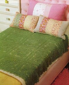 Green square afghan with diagram