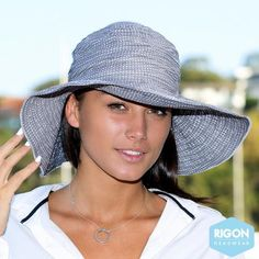 Endless Summer Resort Hat in Silver
