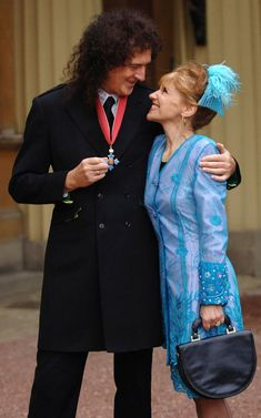 Anita Dobson finds Gwilym Lee 'totally irresistible' as husband Brian May's young double - Mirror Online Eastenders Actresses, Queen Brian May, Ariana Video, Queen Pictures, Queen Freddie Mercury, Queen Band, Black Wig, John Deacon, Sick Kids