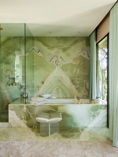 Trending Now – The Best Gold Furniture For Your Luxury Interior Design – Marble Decoration Green Interior Design, Stone Interior, Bathroom Interior Design, Interior Design Inspiration, Marble Interior, Design Ideas, Modern Interior, Green Marble Bathroom, Bathroom Colors