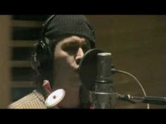 Johnny Depp sings for Sweeney Todd in studio