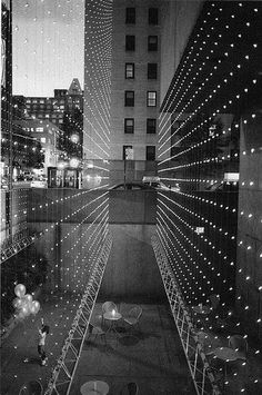 Orville ROBERTSON :: The Whitney Museum, NYC, 2002  #mirror