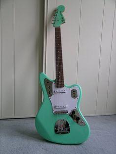 Fender Jaguar in Surf Green