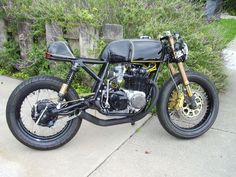 The most beautiful cafe racer in my opinion, cb550 SOHC by squirley. Inspiration