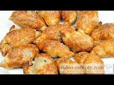 Rýchly čokoládový croissant - videorecept - YouTube Croissant, French Toast, Make It Yourself, Breakfast, Ethnic Recipes, Youtube, Food, Breakfast Cafe, Crescent Roll