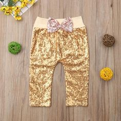 Sequin Glitter Bow Leggings from kidspetite.com!  Adorable & affordable baby, toddler & kids clothing. Shop from one of the best providers of children apparel at Kids Petite. FREE Worldwide Shipping to over 230+ countries ✈️  www.kidspetite.com  #newborn #clothing #girl #baby #leggings #infant