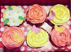What happy Sunday's look like!! #cupcakes #rosettes #butterflies #flowers #leaves #edibleflowers #atyummy #chocolatecupcakes #redvelvetcupcakes #mochacupcakes #happycolors #cuppies #desserts #bakedgoods #bakery #allthingsyummy #cAke #polkadots