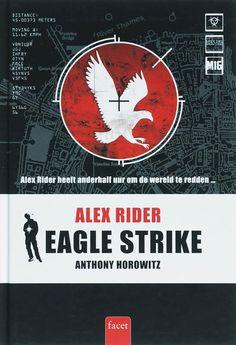 Dit is de kaft van het boek Eagle Strike.